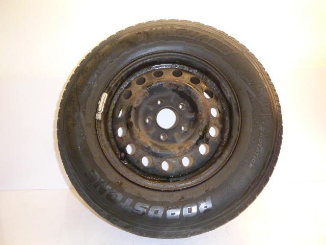 Komplettrad Hyundai Santa Fe 2,4 G4JS-G 215/70R15 98T 11/06 1mm
