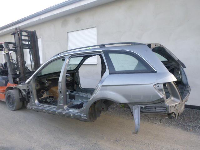 2010 Karosserie Karosse Unfallwagen Mercedes Benz C220 S204 2,2 CDI 651.911