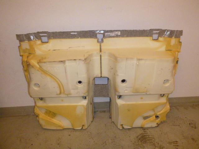 Doormat Volvo V70 III BW D5 2,4 Diesel D5244T4 39859074