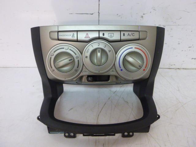 Klimabedienteil Daihatsu Sirion M3 1,5 Benzin 3SZ-VE DE203179