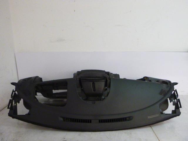 Armaturenbrett Daihatsu Sirion M3 1,5 Benzin 3SZ-VE 55311-B1020 DE203180