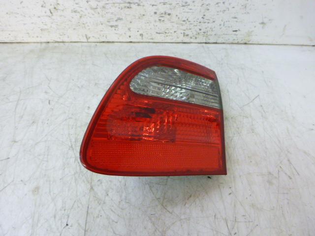 Rückleuchte Mercedes Benz E 350 CGI 3,5 Benzin 272.985 A2118203064 DE241982