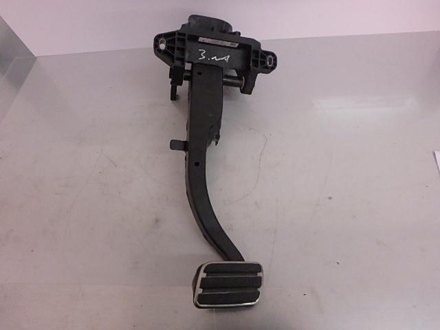 Pedal Porsche Panamera 970 Facelift 4,8 M48.70 CWB 97042300900 DE176145