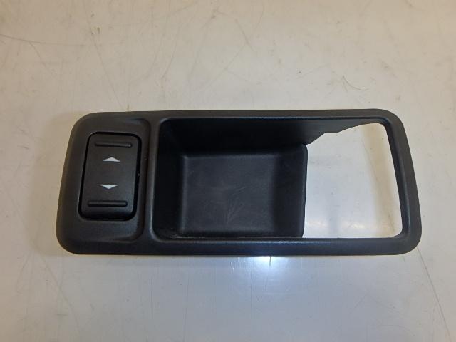 Schalter Fensterheber Ford Focus DA 2,0 Benzin SYDA 3M51-226A36-AFW DE197468