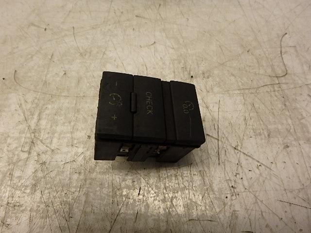 Schalter Audi A6 S6 4F 5,2 Benzin quattro BXA 4F0927123 DE239176