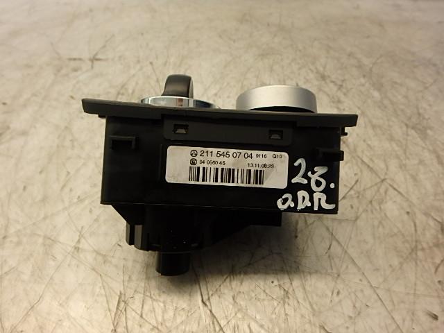 Schalter Mercedes Benz E S211 350 CGI 3,5 Benzin 272.985 2115450704 DE242367
