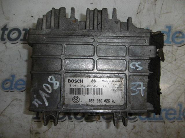 Steuergerät VW Polo 6N 1,3 030103374G ADX 55 PS 030906026AJ