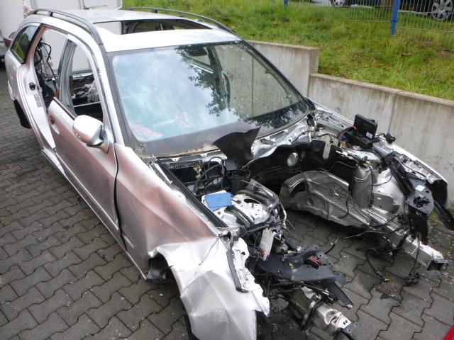 2008 Karosserie Karosse Defekt Benz E-Klasse S211 350 CGI 3,5 272.985 DE242590